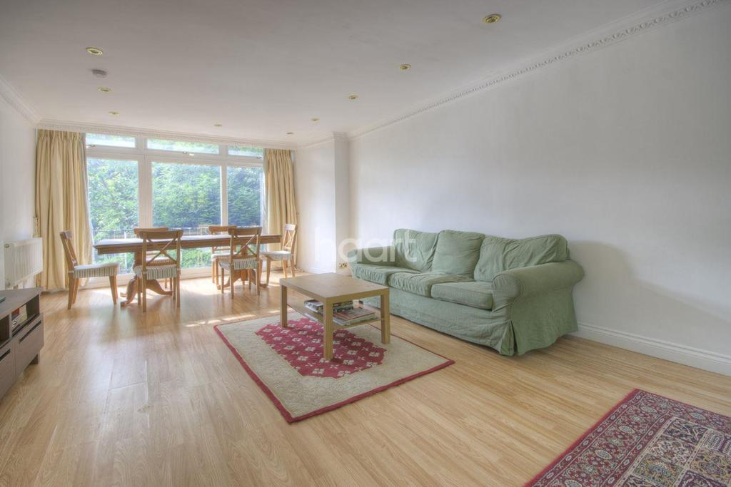 6 Bedrooms Detached House for sale in Chatsworth Road, Ealing
