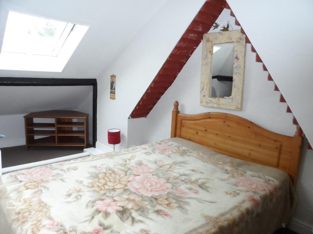 3 Bedrooms Semi Detached Bungalow for sale in Beaumont Avenue, Sudbury HA0