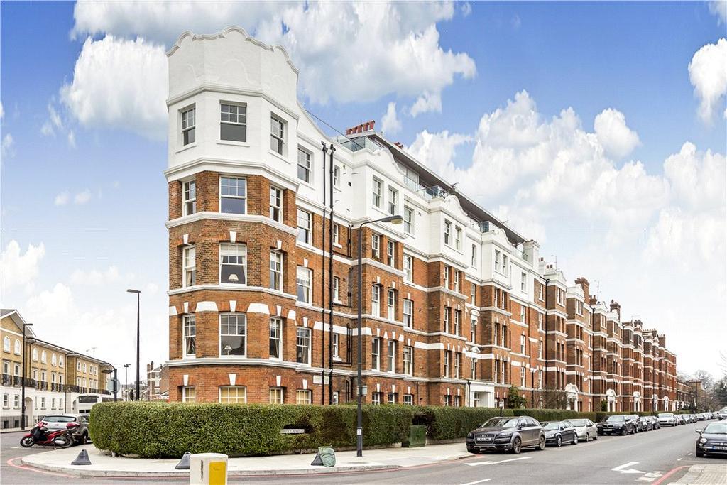 3 Bedrooms Flat for sale in Cambridge Mansions, Cambridge Road, Battersea Park, London, SW11