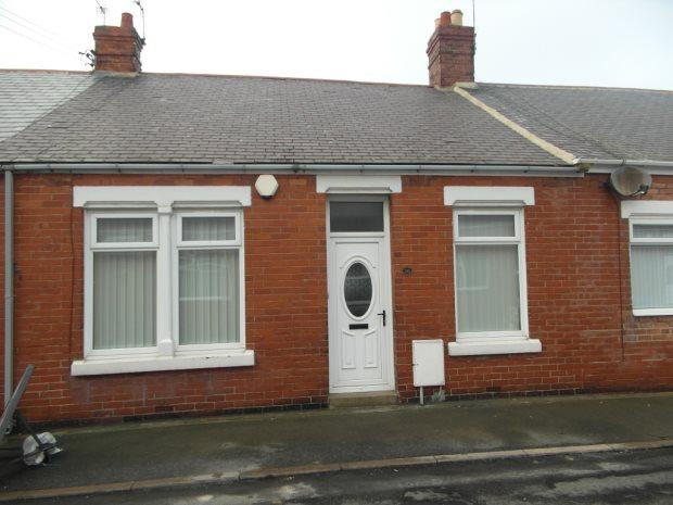 2 Bedrooms Terraced Bungalow for sale in UNION STREET, SEAHAM, SEAHAM DISTRICT