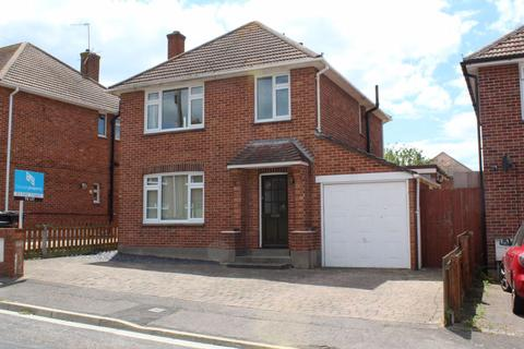 3 bedroom house to rent - CLARENCE ROAD