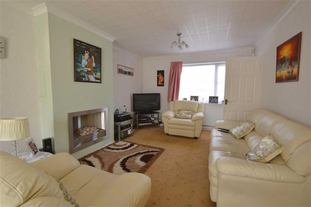 3 Bedrooms End Of Terrace House for sale in Holderness Road, Hull, HU8