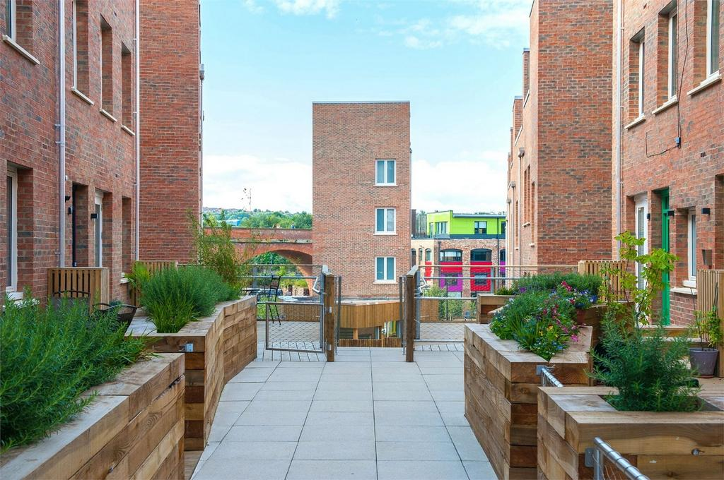 1 Bedroom Flat for sale in The Malings, Newcastle Upon Tyne