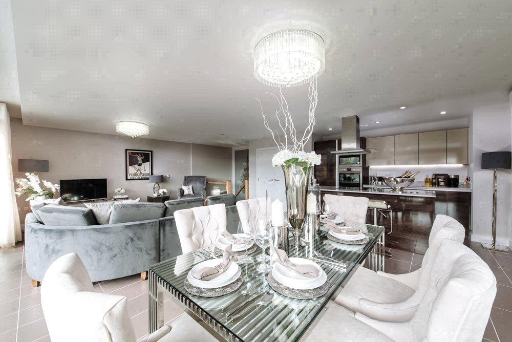 3 Bedrooms Flat for sale in Apartment 79 Electricity House, Bristol, BS1