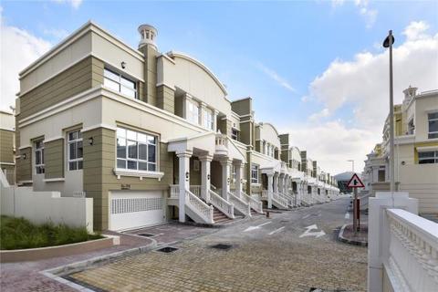 5 bedroom detached house  - Stunning Mix Of Luxurious Villas, Khalifa City, Abu Dhabi