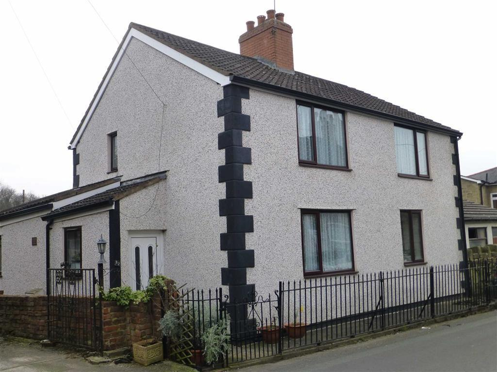 3 Bedrooms Detached House for sale in High Street, Southsea, Wrexham
