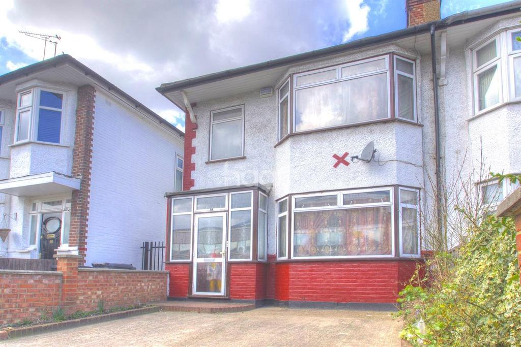 3 Bedrooms Semi Detached House for sale in North Acton Road, NW10