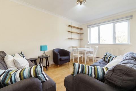 3 bedroom flat - Pattison House, Redcross Way, Borough, SE1