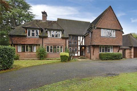 4 bedroom detached house to rent - Manor Lane, Gerrards Cross, Buckinghamshire, SL9