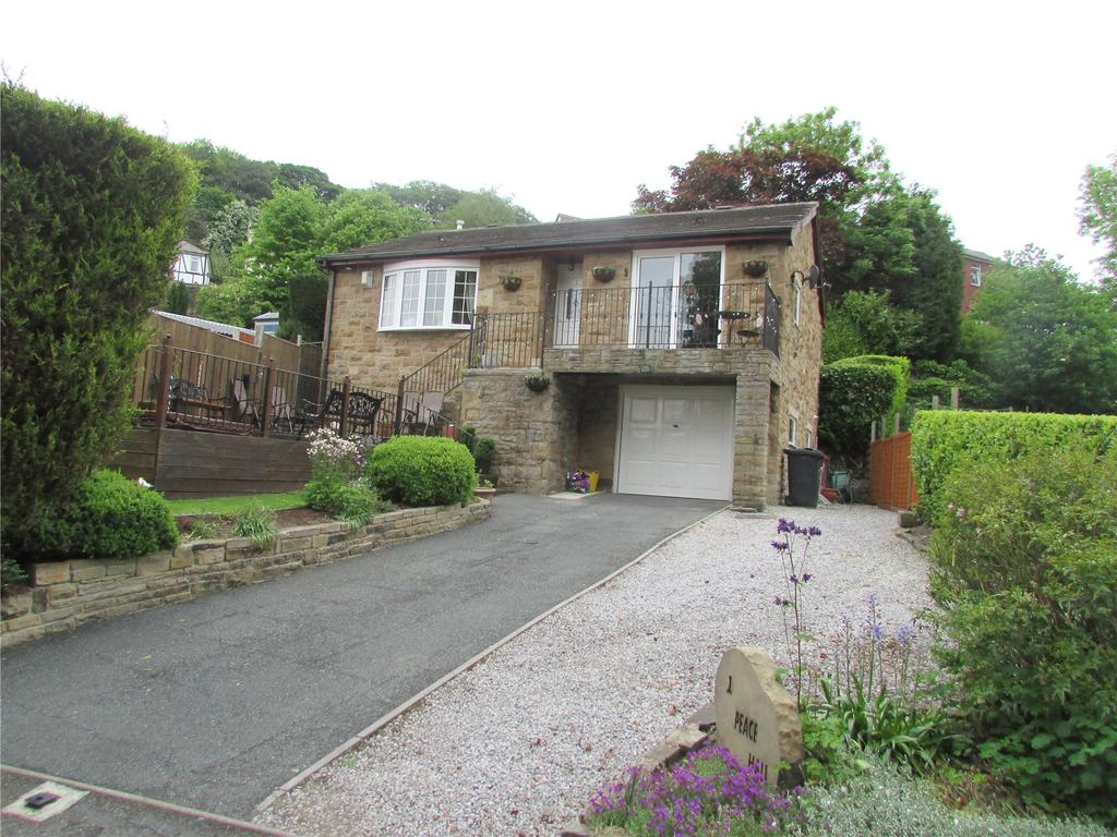 2 Bedrooms Detached Bungalow for sale in Peace Hall Lane, Fenay Bridge, Huddersfield, West Yorkshire, HD8