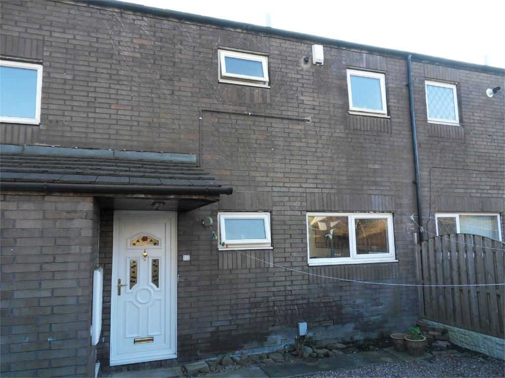 3 Bedrooms Terraced House for sale in Hayburn Road, Batley, West Yorkshire, WF17
