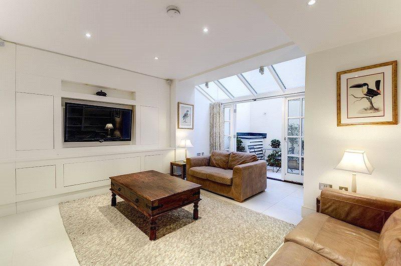 1 Bedroom Flat for sale in West Eaton Place, Belgravia, London, SW1X
