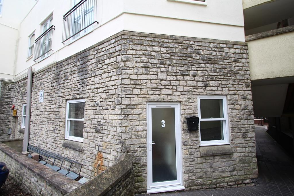 2 Bedrooms Ground Flat for sale in SHEPTON MALLET