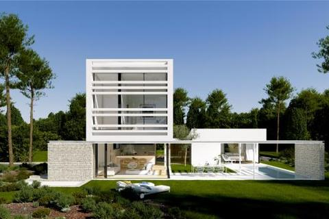 4 bedroom detached house  - La Pineda Villas, Girona, Catalonia