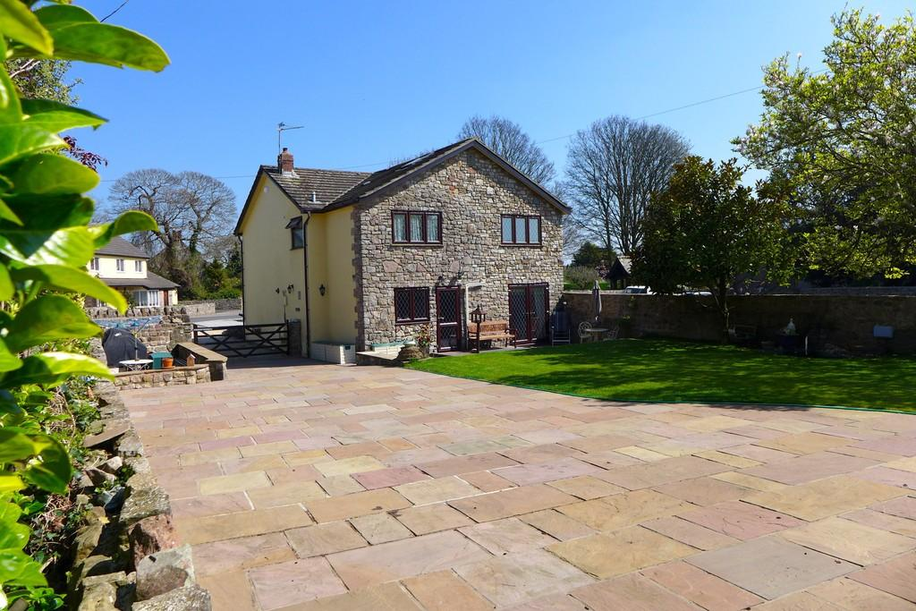 4 Bedrooms Cottage House for sale in Caerwent, Nr Chepstow
