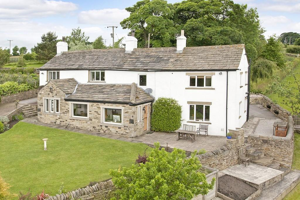 4 Bedrooms Farm House Character Property for sale in Hole Lane, Silsden