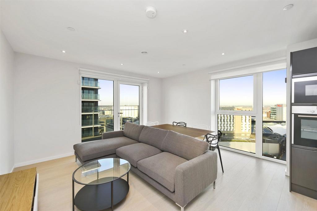 2 Bedrooms Flat for sale in Glasshouse Gardens, Stratford, London