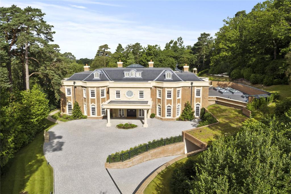 6 Bedrooms Detached House for sale in Golf Club Road, St. George's Hill, Weybridge, Surrey, KT13