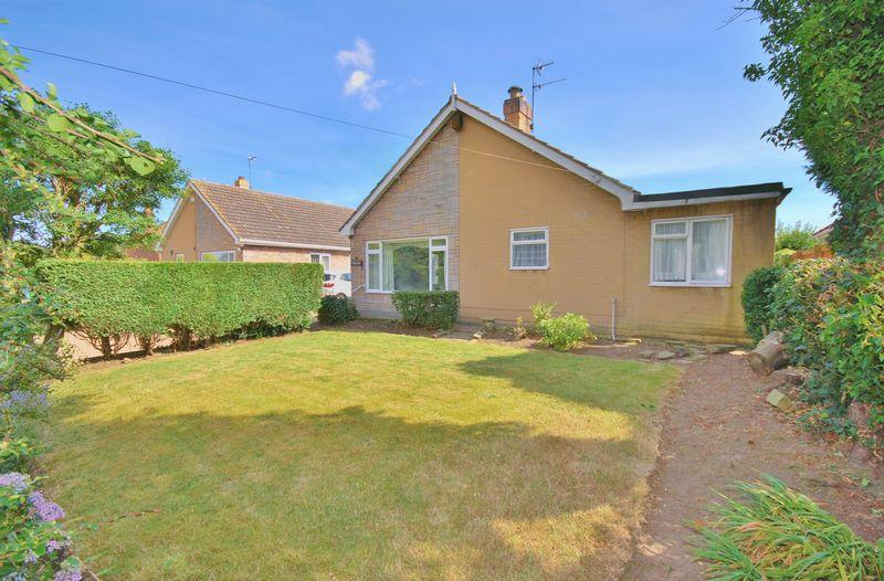 2 Bedrooms Bungalow for sale in Catwick Lane, Long Riston