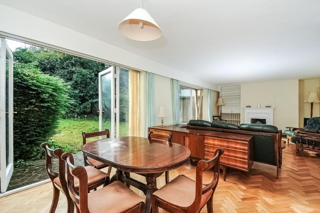 3 Bedrooms Terraced House for sale in Oakfield Gardens, Dulwich Wood Avenue, SE19