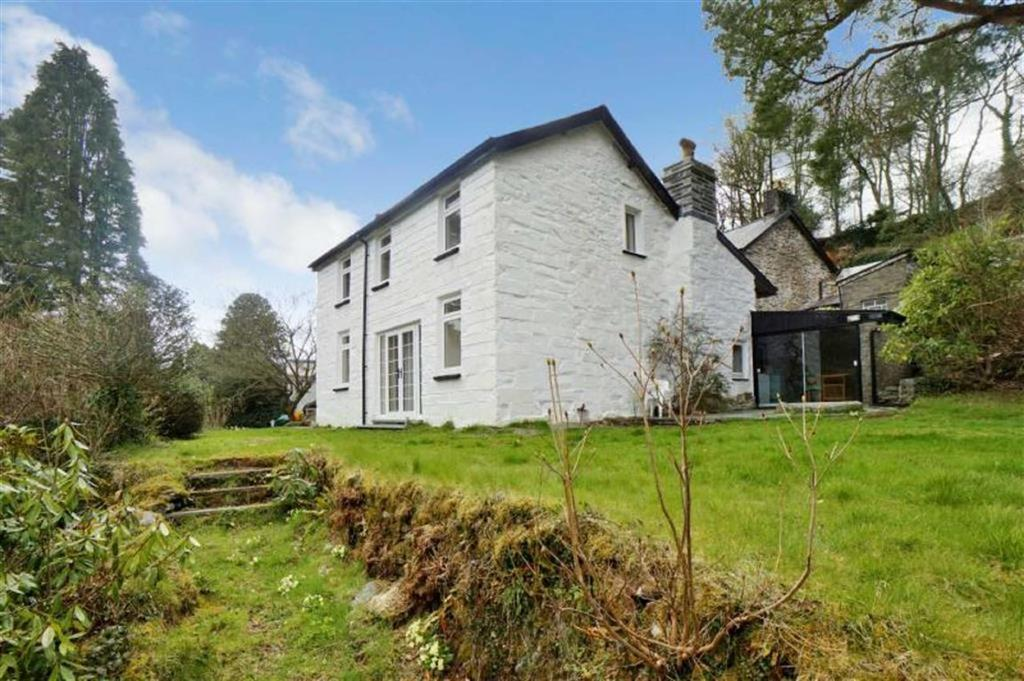 4 Bedrooms Detached House for sale in Dolwyddelan, Betws Y Coed