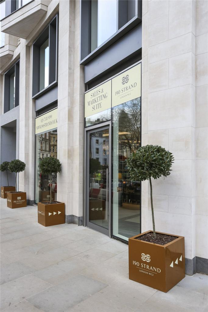 2 Bedrooms Flat for sale in 190 The Strand, London