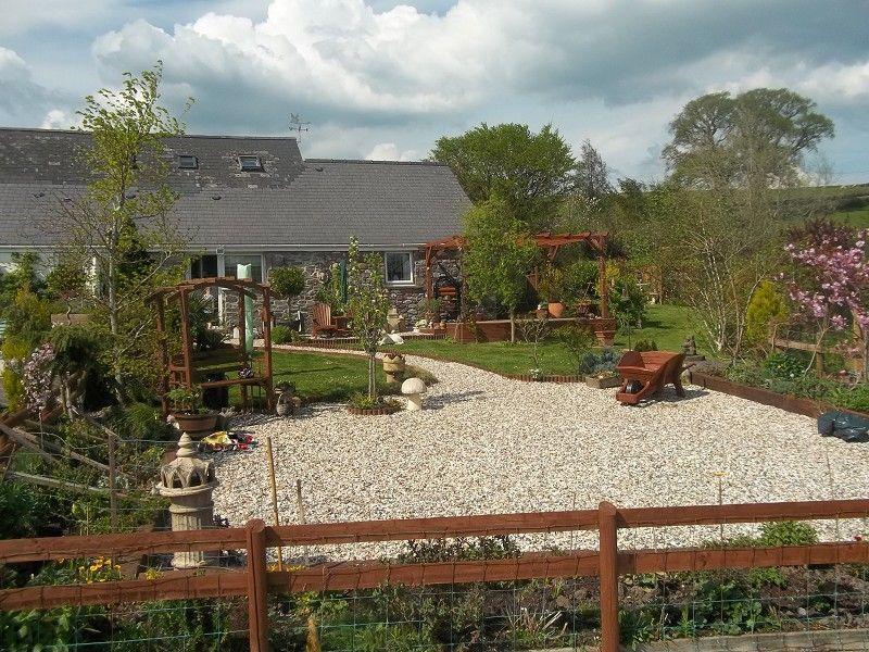 3 Bedrooms Semi Detached House for sale in Cottage, Trapp, Llandeilo, Carmarthenshire.