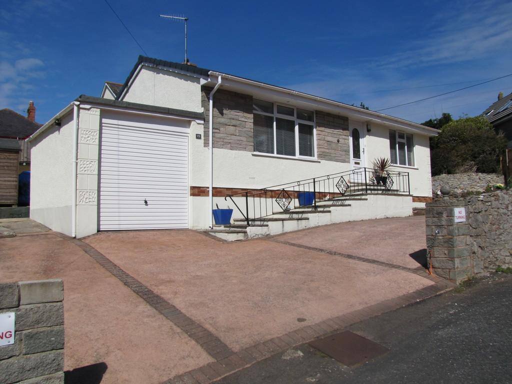 2 Bedrooms Detached Bungalow for sale in Paradise Road, Teignmouth, TQ14 8NR