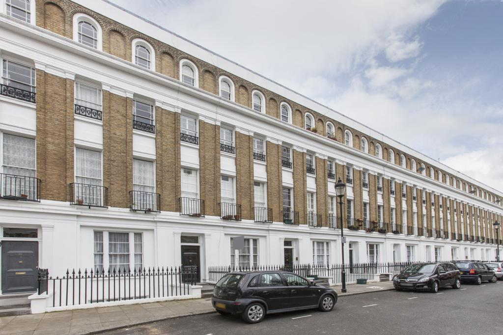 2 Bedrooms Flat for sale in Milner Square, London, N1