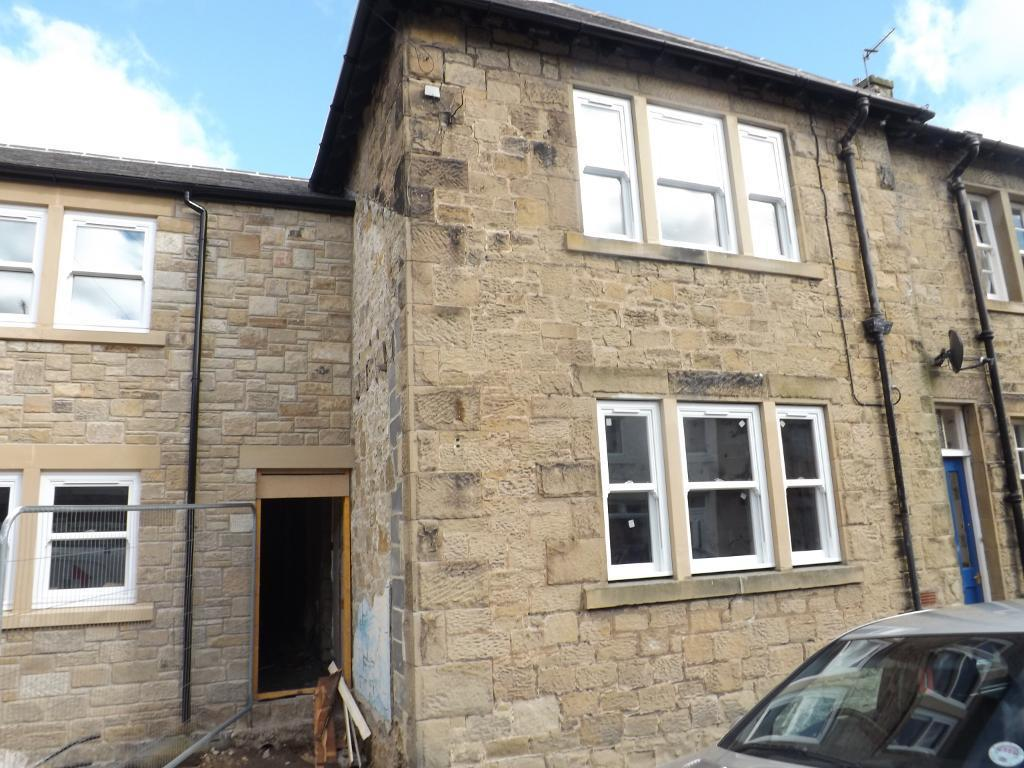2 Bedrooms Terraced House for sale in Scott Street, Amble, Morpeth, Northumberland, NE65 0TG