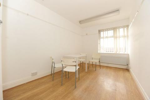 1 bedroom flat to rent - Station Approach, Northwood