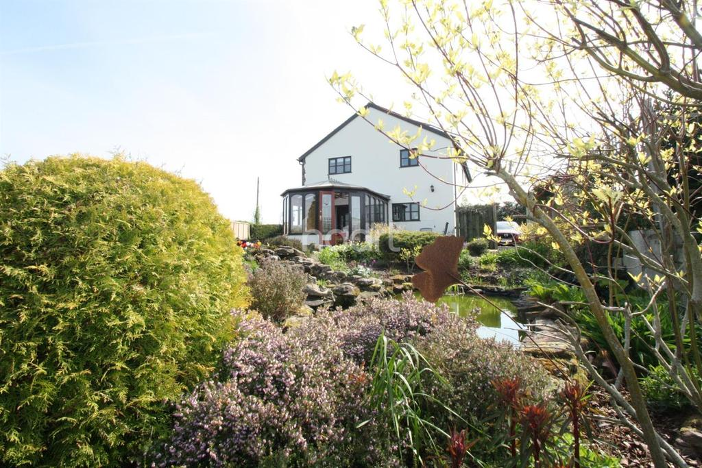 4 Bedrooms Detached House for sale in Grosmont, Abergavenny, Monmouthshire