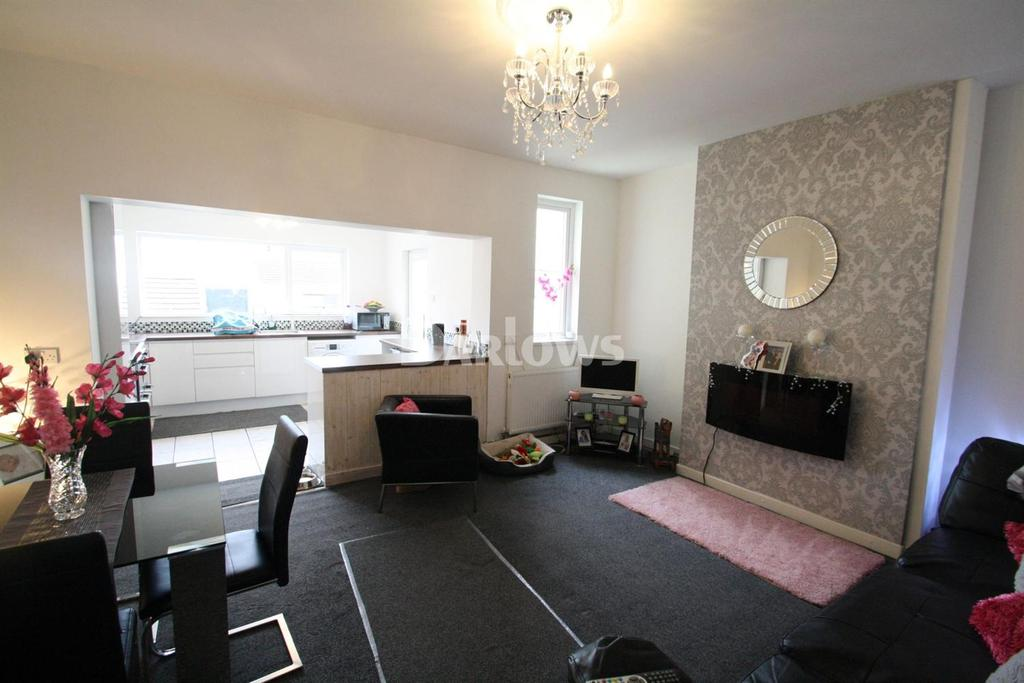 2 Bedrooms Terraced House for sale in Brook Place, Cwm, Ebbw Vale, Gwent