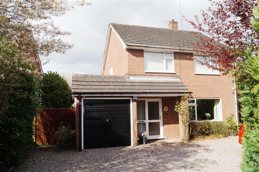 3 Bedrooms Detached House for sale in School Lane, Whitchurch, SY13