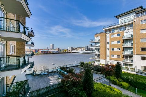 2 bedroom flat to rent - Bluewater House, Smugglers Way, London