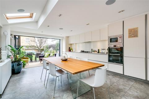 5 bedroom terraced house to rent - Grandison Road, Clapham Junction, London, SW11