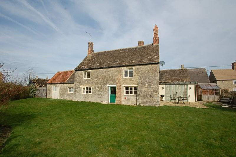 4 Bedrooms Village House for sale in Upper Benefield, Nr Oundle, PE8