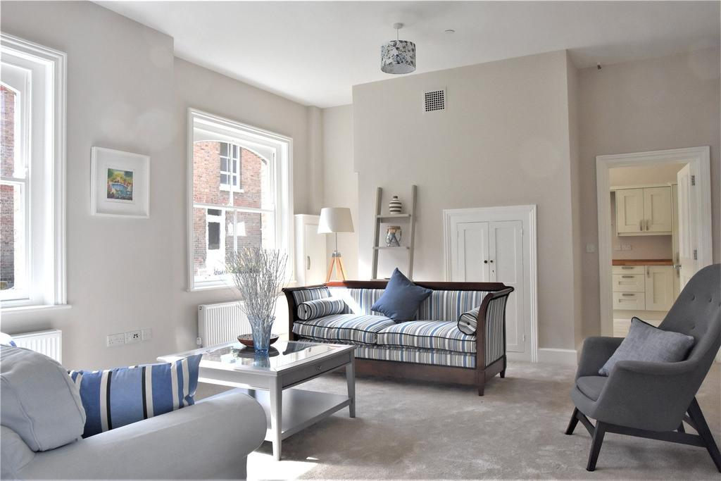 2 Bedrooms End Of Terrace House for sale in 59 - 60 High West Street, Dorchester, Dorset