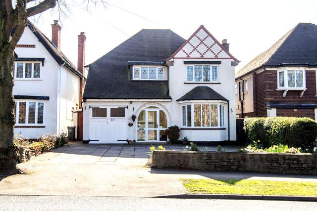 4 Bedrooms Detached House for sale in Tamworth Road,Sutton Coldfield,West Midlands
