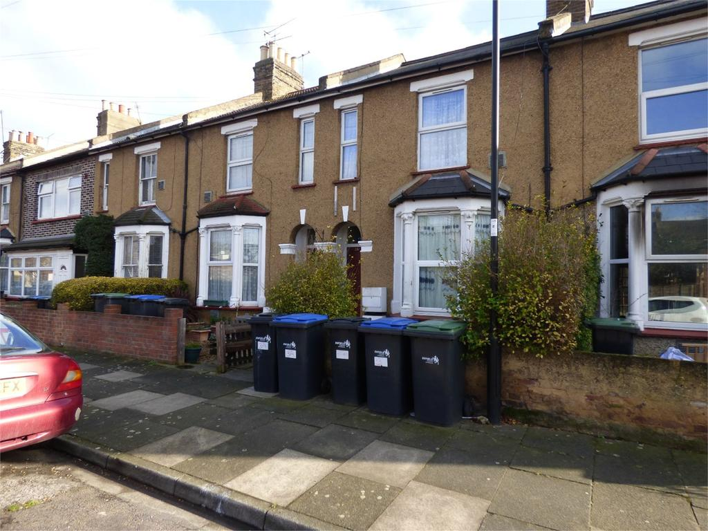 2 Bedrooms Apartment Flat for sale in Edinburgh Road, Edmonton, London, UK, N18