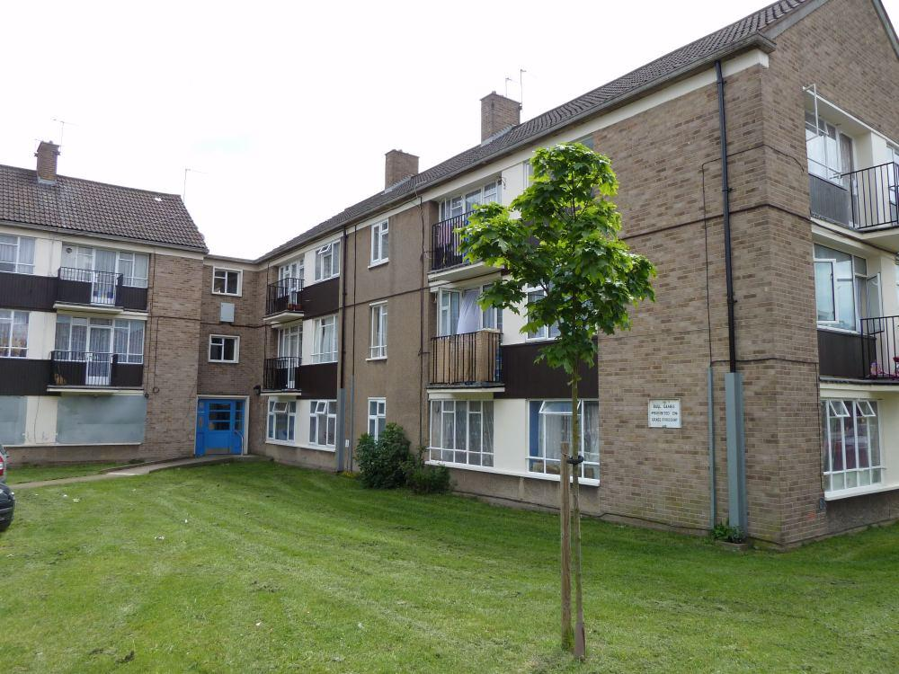 3 Bedrooms Apartment Flat for sale in Hertford Road, Enfield, Middlesex, EN3
