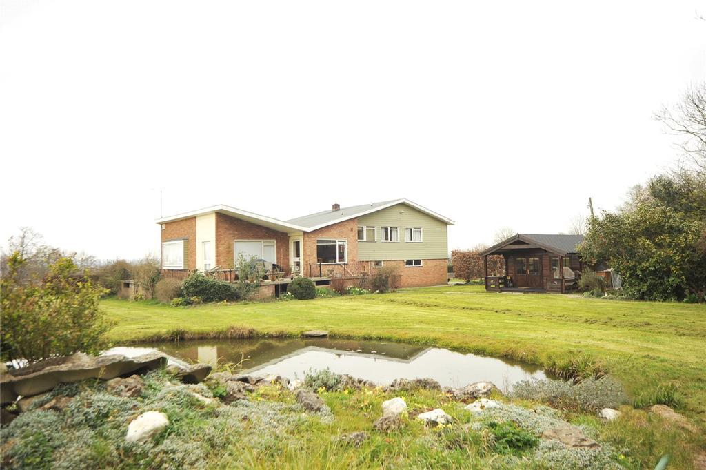 5 Bedrooms Detached House for sale in Church Road, Little Baddow, Chelmsford, Essex, CM3
