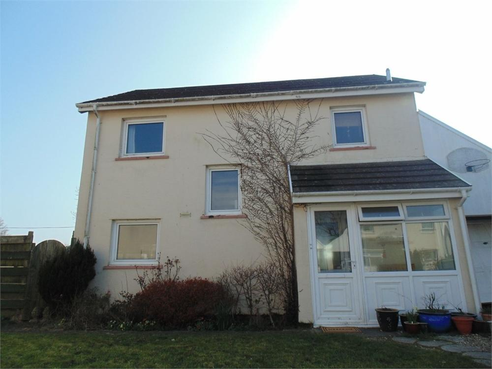 3 Bedrooms Detached House for sale in 43 Gail Rise, Llangwm, HAVERFORDWEST, Pembrokeshire