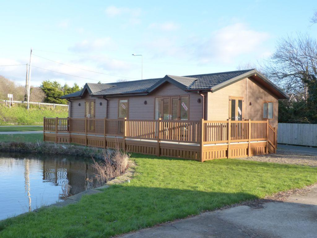 2 Bedrooms Lodge Character Property for sale in Southport Road, Scarisbrick, L40