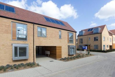3 bedroom terraced house to rent - Charger Road, Trumpington, Cambridge