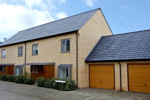 4 bedroom terraced house to rent - Huntsman Road, Trumpington, Cambridge, Cambridgeshire