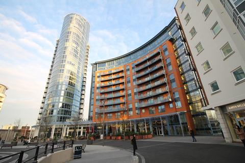1 bedroom flat to rent - The Crescent, Gunwharf Quays