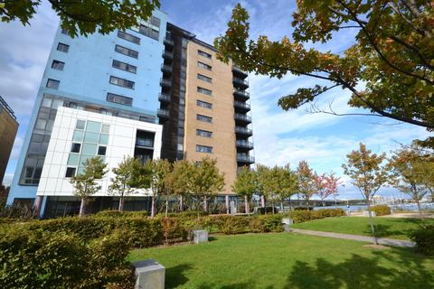 2 bedroom apartment for sale - Lady Isle House, Prospect Place, Fe, Cardiff Bay, Cardiff, CF11