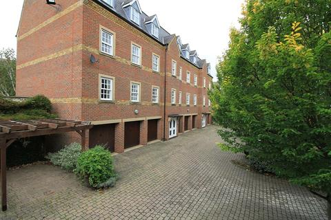 2 bedroom apartment to rent - Castle Mews, St Thomas Street, Oxford, Oxfordshire, OX1