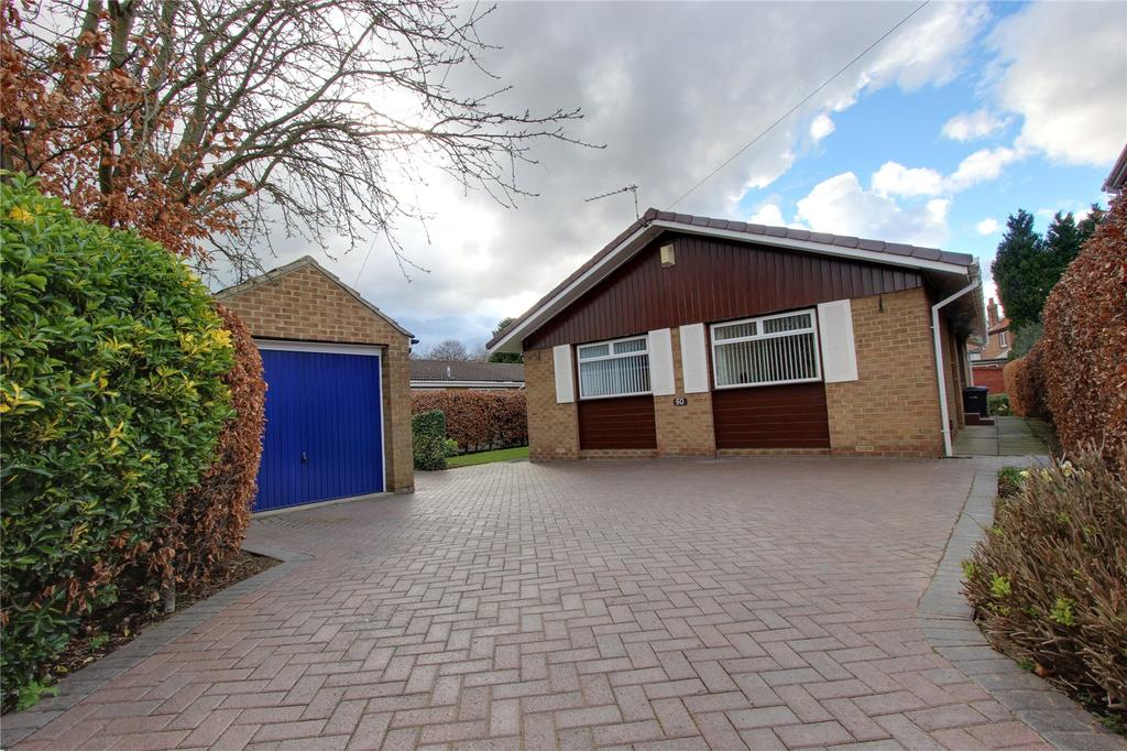 3 Bedrooms Detached Bungalow for sale in Adcott Road, Middlesbrough